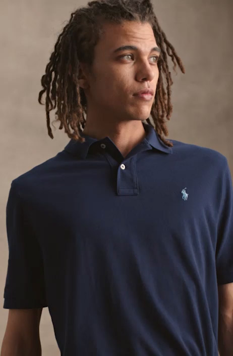 Video of Polo shirt in different color combinations.